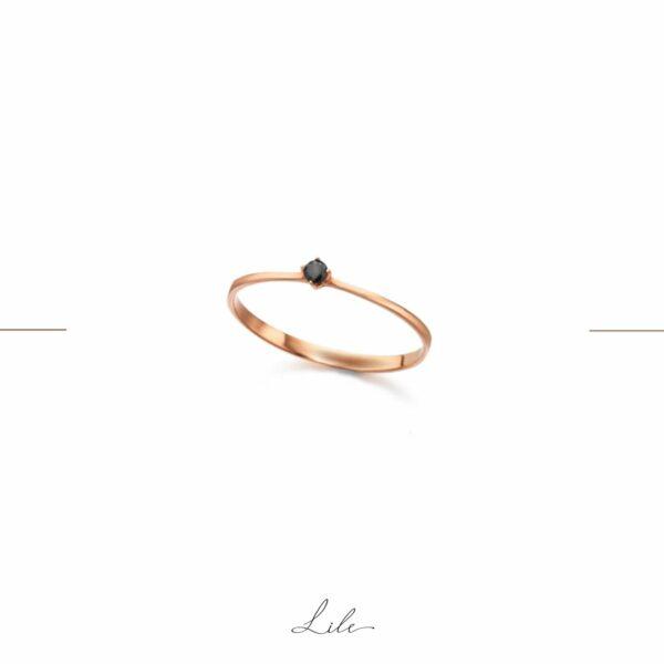 pierścionek z czarnym brylantem Lile