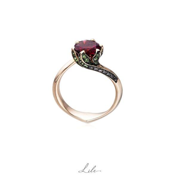pierścionek zaręczynowy ze złota Lile